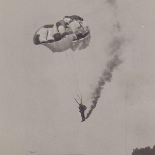 Fallschirmspringer Platzeinweihung 1975